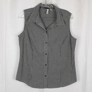 St. John's Bay Gingham Sleeveless Fitted Button Up